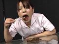 スカトロ強要、更に糞を口の中に押し込まれ、自分の出したウンコでベロ磨きさせられ汚物まみれになる女たちを収録。うんこするだけのハズが…自分のうんこでベロを磨くことになるなんて…。M気質で変態的な素人娘を汚物まみれにしてしまう激臭映像!!(バロメーター)