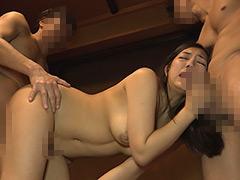 【エロ動画】異常敏感ドM変態のケダモノ奥様に調教受精の人妻・熟女エロ画像