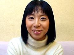 【エロ動画】28歳で処女喪失のエロ画像