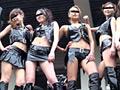 東京・大阪・広島のモーターサイクルショーで見つけた可愛くて、スタイル抜群のモデルさん達の姿がたっぷりと収められております。このカラダ、この美貌、露出度の高い衣装に、セクシーダンスはたまりません!!! ※本編顔出し