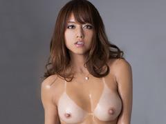 【エロ動画】日焼けあと×高級泡姫 吉沢明歩のエロ画像