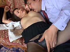 【エロ動画】寝取られた奥さん 夫の上司と淫らな関係に堕ちてのエロ画像