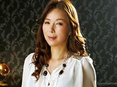 【エロ動画】会員制 癒し系 美熟女パブ 青山愛の人妻・熟女エロ画像