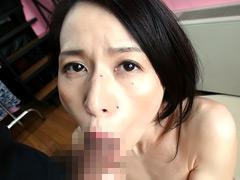 【エロ動画】人妻・留美子(仮名)41歳、結婚15年目、子供1人のエロ画像