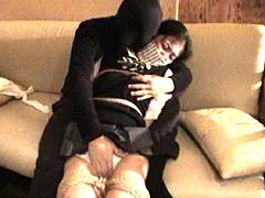 【エロ動画】女学生の胸に麻縄のSM凌辱エロ画像