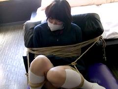 【エロ動画】監禁部屋の少女のSM凌辱エロ画像