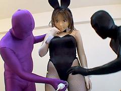 フェチ:着ぐるみアニメマスクバニ~ちゃん玩具にされちゃった