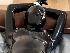 フェチ:ラバースーツ拘束マスクthe4