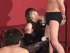 希咲あやクンニ動画|女王様官能遊戯 勝者はSEX敗者は懲罰と生殺し