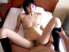 【エロ動画】堕落する美脚若妻…真正中出し!素人妻さおり25歳のエロ画像