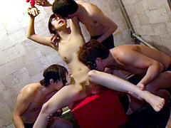 【エロ動画】真正中出し輪姦玩具 素人若妻さおり25歳の人妻・熟女エロ画像