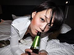 【エロ動画】酔娘伝 第十四章 新橋の酩酊OLのご淫行のエロ画像