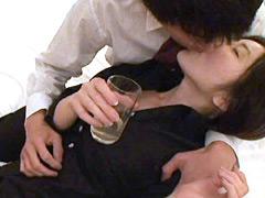 【エロ動画】酔わせて犯る! 素人娘15人 食べ頃へべれけアワビのエロ画像