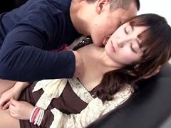 【エロ動画】韓国の素人に媚薬を飲ませたらセックスが出来るのか?のエロ画像