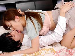唾液と愛液の絡み合う接吻セックス