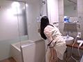 男友達に連れ込まれたオフ中のAV女優 紗凪美羽(28)
