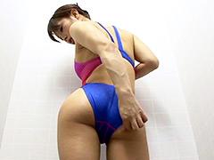 水着:競泳水着からハミ出る豊満な女体とデカ尻盗撮!7