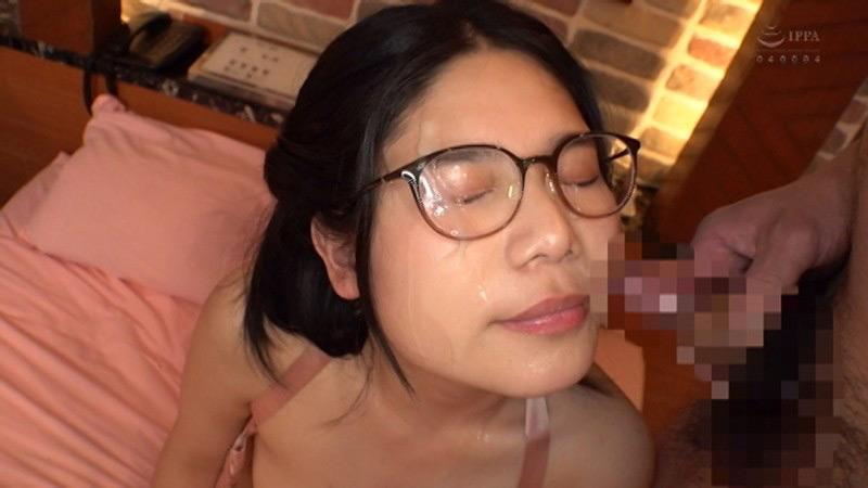 エロ動画7   精子大好きメガネ女子にぶっかけ、ごっくん、ザーメン祭サムネイム10