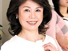 【エロ動画】カノジョの綺麗なお母さんに中出ししたい!!2のエロ画像