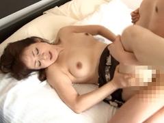 東尾淳子:友達の母 欲求不満の淫乱五十路母 14人 4時間30分
