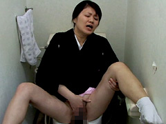 不道徳な妄想 嫁/母のオナニ-