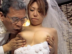 【エロ動画】花嫁と新郎の父のエロ画像