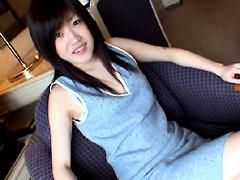 【エロ動画】美白肌・放尿美少女 美羽19才のエロ画像