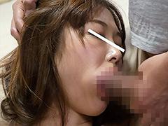 眠らせ近親相姦 気が強いママ母を睡眠薬で…