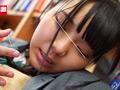 図書館で声も出せず愛液が溢れ出す敏感娘 12時間