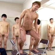 射精管理刑務所2 身体検査(後編)/入浴