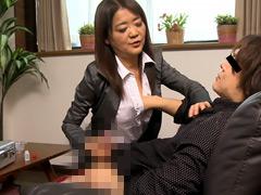 吉本和香子:オナホール訪問販売員のおばさん17