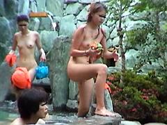 洗い場ナマ映像