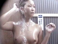真夏の水着ギャル!! シャワールーム編2 Part2