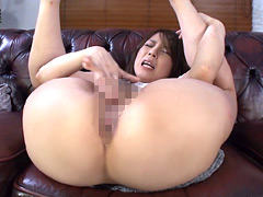 【エロ動画】熟女のまんぐりオナニーの人妻・熟女エロ画像