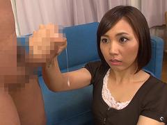 【エロ動画】素人娘のびっくり暴発手コキ vol.3の素人エロ画像