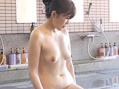 「湯けむり奥様ひとり旅」 菅野礼奈