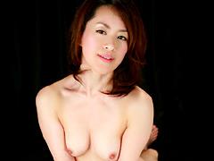 【エロ動画】主婦を集めて生唾モノのチンポを見せてあげたら…2のエロ画像