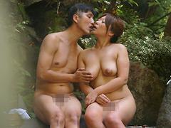 【エロ動画】混浴温泉に来る熟女は本当にヤレるのか?2のエロ画像