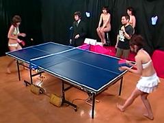 美少女アイドルがおま●こを賭けて対決!2