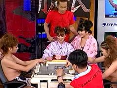 クンニ動画|美人雀士の脱衣マージャン! 2007夏 濃縮版