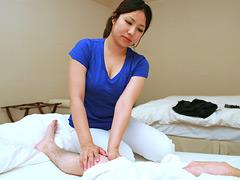 【エロ動画】高級ホテルの女性マッサージ師はヤラせてくれるのか7のエロ画像