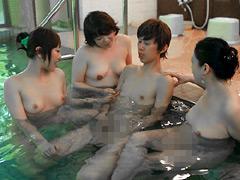 【エロ動画】混浴温泉に来る熟女は本当にヤレるのか?3の人妻・熟女エロ画像