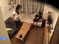 泊まりに来た弟に近●相姦を迫られた3人の姉 11