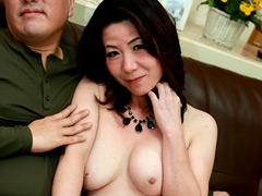 【エロ動画】義母と近●相姦SEXできるか試してみたのエロ画像