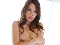 一度限りの背徳人妻不倫13 綺麗な微乳妻・涼香35歳