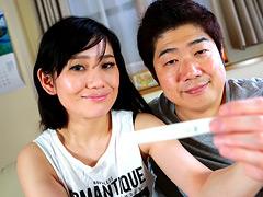 【エロ動画】アラフォー夫婦が妊娠目指して中●し生活300日のエロ画像