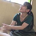 熟女・人妻・若妻・新妻・無修正・サンプル動画:大人のおもちゃ工場で働くパートのおばちゃんはスケベ
