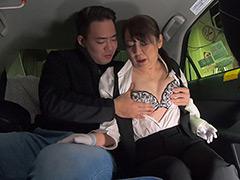初乗り料金でヤラせてくれる美熟女タクシードライバー-【熟女】