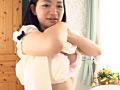 電車の中で知らない人にオッパイを押し付けて感じる超敏感乳首のドM美少女 AVデビュー 早川あゆ(18歳) 10