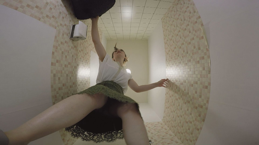おしっこ顔面シャワー54人 和式トイレ盗撮